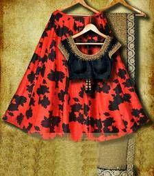 Red printed raw silk lehenga with black hand embroidered blouse and lace dupatta. Raw Silk Lehenga, Lehenga Choli, Sarees, Indowestern Lehenga, Silk Dupatta, Bridal Lehenga, Anarkali, Indian Fashion Trends, Ethnic Fashion