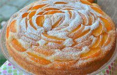 Yummy Treats, Yummy Food, Good Food, Czech Desserts, Baking Recipes, Cake Recipes, Czech Recipes, Sweet Cakes, Fruit Smoothies