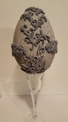 easter egg Easter Projects, Clay Projects, Egg Crafts, Easter Crafts, Patina Paint, Dragon Egg, Egg Art, Egg Decorating, Antique Lace