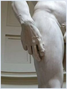 RT @raffaeledegni1: #David di #Michelangelo dettaglio #Galleria #FIRENZE https://t.co/1OmLxncY9L