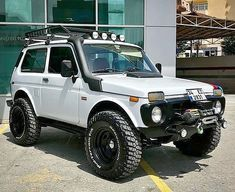 Lada Niva Made For The Harshest Conditions On Earth