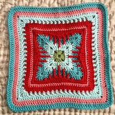 Cat's Claw Square: free #crochet pattern
