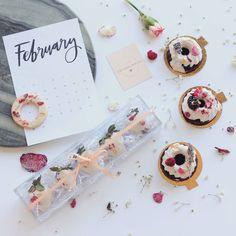 A una semana de Valentines y DIAS de NYFW  Están listos? #GettingReady | repostería de la talentosa @fernandabernalmx  |