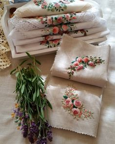 I could embroider handkerchiefs for bridesmaid gifts! Brazilian Embroidery Stitches, Rose Embroidery, Silk Ribbon Embroidery, Hand Embroidery Patterns, Embroidery Supplies, Ribbon Art, Needlework, Crafts, Smart Tv