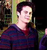 - 9 gifs, go to tumblr post - post by stiles-stlinski - dylan interviews gifset