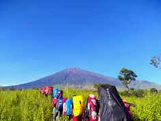 Yours goes to holiday, im going traveling   #tracking #traveling #hikking #mountain #nature