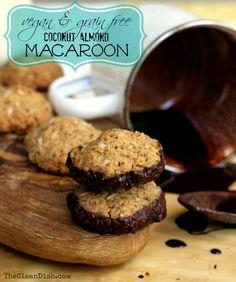 Coconut Almond Macaroons (vegan & grain free)