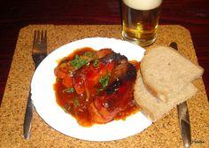 Nejedlé recepty: Cikánské špekáčky Russian Recipes, Steak, Chicken, Ethnic Recipes, Polish, Food, Vitreous Enamel, Essen, Steaks