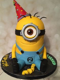 Cute little minion birthday cake!