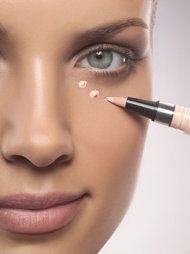 Banish under-eye circles in 3 quick steps