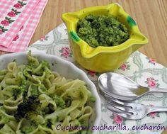 CUCHARA, CUCHARILLA, CUCHARÓN comparte con nosotros un secreto estupendo: en su casa siempre han añadido brócoli al pesto que, junto con la albahaca, se convierte en la clave de una salsa PERFECTA.