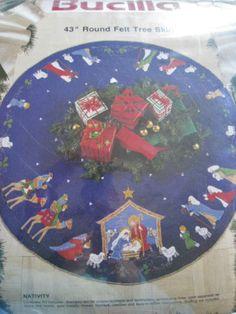 """Christmas BUCILLA Felt Applique TREE SKIRT Kit,NATIVITY,Holy Family,Manger,43"""""""