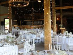 Table Decorations, Chair, Wedding, Furniture, Home Decor, Old Barns, Vineyard, Valentines Day Weddings, Decoration Home