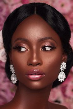 The Bride ♡ Beautiful black bride makeup elegant pink shimmer tones natural lips bronze skin. looks tips Black Bridal Makeup, Black Girl Makeup, Pink Makeup, Bride Makeup, Girls Makeup, Makeup Case, Makeup Geek, Makeup Eyeshadow, Makeup Brushes