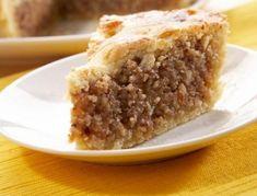 Recept na: Ořechový přikrytý koláč. Kvaření potřebujete především smetana na vaření, vanilkový cukr, med, vlašské ořechy. Příprava pokrmu vám zabere 85 minut.