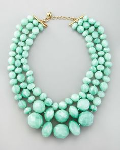 kate spade necklace in MINT. Fabulous my chick a dees. Fabulous:)