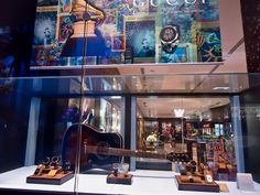 Window Display for a Gucci/Latin Grammy cocktail party at a jewelry store. Décor by: Anabelle Barranco STEM Events