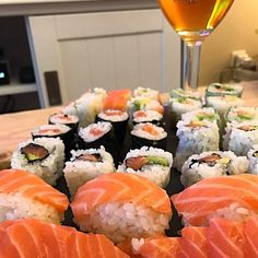 Sushi time les amis  #sushi #japan #japanfood #cleanfood #maki #food #sushitime #sushiday #sushis #sushigeek #geekfood