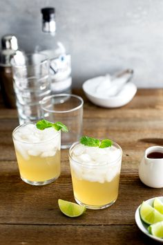 Texas Mule Cocktail {and Mocktail} - a Texas version of the classic Moscow Mule thanks to some prickly pear syrup made with prickly pear jam. | tamingofthespoon.com