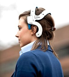 Wireless Mobile EEG Headset for Live Brain Monitoring