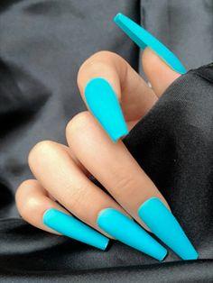 Turqoise Nails, Neon Blue Nails, Acrylic Nails Stiletto, Blue Matte Nails, Coffin Nails Matte, Blue Acrylic Nails, Teal Nail Designs, Exotic Nails, Fire Nails