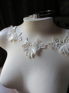 3 Lace Applique  in Ivory Cream Venise Lace for Lace Necklaces, Bridal Accessories, Costume Design SIA