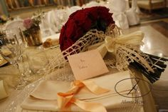 C'è qualcosa di più #romantico di un #bouquet di rose? ^_^ #sanavalentino Bouquet, Table Decorations, Pictures, Bouquet Of Flowers, Bouquets, Floral Arrangements, Dinner Table Decorations