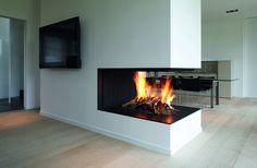 Fireplace Lighting, Linear Fireplace, Double Sided Fireplace, Open Fireplace, Stove Fireplace, Fireplace Ideas, Japanese Home Decor, Japanese House, Foyer