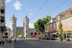 Potsdam: Am Nauener Tor gibt es viele Cafés und Restaurants.
