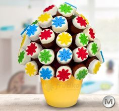 Colorful yummy flower Children cake http://www.frutiko.cz/en/children-cake