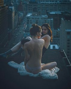 Beauty and NYC: Mar Shirasuna Captures Models on Rooftops in New York City #inspiration #photography