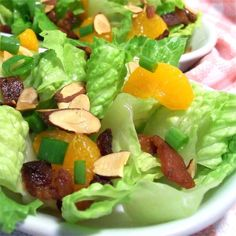Almond Mandarin Salad Recipe is part of Mandarin salad - Sweet mandarin oranges, crunchy almonds, fresh green onion, and crispy bacon are all tossed together with red leaf lettuce and a light honey mustard vinaigrette Oh, so good and refreshing Enjoy! Mandarin Orange Salad, Mandarin Oranges, Honey Mustard Vinaigrette, Vinaigrette Dressing, Healthy Snacks, Healthy Recipes, Healthy Protein, Protein Snacks, Vegetarian