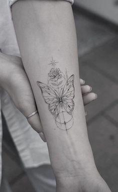 Boho Tattoos, Dainty Tattoos, Line Tattoos, Pretty Tattoos, Body Art Tattoos, Small Tattoos, Tatoos, Rosen Tattoo Klein, Rosen Tattoo Frau