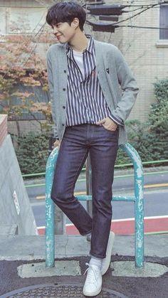 Korean Fashion Men, Korean Street Fashion, Korean Men, Korean Actors, Mens Fashion, Park Bo Gum Wallpaper, Park Go Bum, Baby Park, Tv Shows