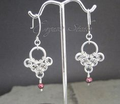 Chainmaille earrings with red pearls