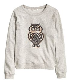 Grey sweatshirt with beaded & sequined owl embroidery at front & ribbing at cuffs & hem. | Warm in H&M
