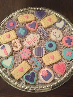Doc Mcstuffins Cookies, Doctor Mcstuffins, Doc Mcstuffins Birthday Party, 3rd Birthday Parties, Dr Mcstuffin, 2nd Birthday, Birthday Ideas, Iced Cookies, Fun Cookies
