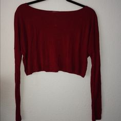 Maroon long sleeve crop top It's a Martin dark red color. Crop top. Don't know exactly what size this is, but I'd say best fits an XS or S. Tobi Tops