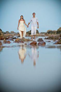 Confira o Ensaio de Noivos de Verônica e Fernando, um casal apaixonado de São Paulo que resolver fazer a sessão de fotos na Praia de Barro Preto, Ceará.