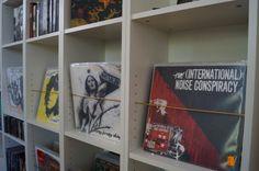 Transform your Billy shelf to the ultimativ record shelf
