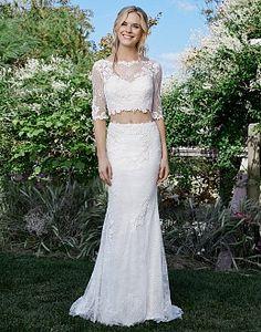 Wedding Dresses by Lillian West | Wedding Dress & Bridal Gown Designer | Nieuw In De Collectie