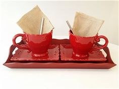 Plateau 2 tasses à déjeuners Perfume rouge - Amadeus