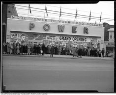Power Grocery. Toronto, 1953.
