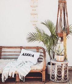 get the look: vintage modern surf shack. modern home decor get the look: vintage modern surf shack. Beach House Decor, Tropical Home Decor, Vintage Home Decor, Popular Interiors, Cottage Decor, Home Decor, Surf Shack, Interior Design, Beach Cottage Decor