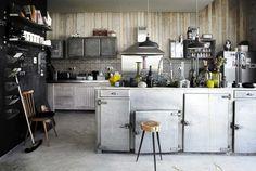 Industrial-Romantic Family Apartment