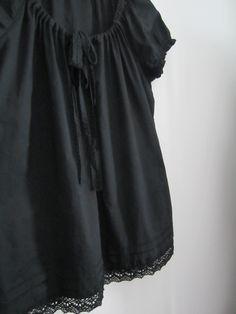 Tee-se-itse-naisen sisustusblogi: Lace Decorated Tunic
