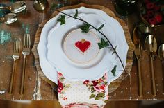 Heart embroidery place setting