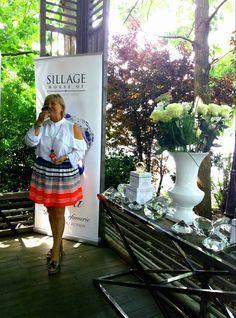 Lansarea noului brand Haute Parfumerie House of Sillage a avut loc la Aqua Herăstrău, în prezența mai multor vedete, jurnaliști, beauty bloggers & influencers, dar și a celei care a pus bazele exclusivistei case de parfumuri, Nicole Mather. Houe of Sillage oferă o nouă interpretare a parfumurilor de lux, punând accentual pe eleganță și frumusețe. …