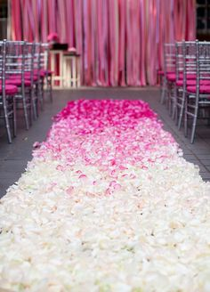 8 Ombré Wedding Ideas That Are Too Pretty Not To Try