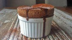 Sjokoladesuffle i åtte små ildfaste former. Sorbet, Baking Recipes, Muffin, Pudding, Breakfast, Food, Cook, Kitchens, Cooking Recipes